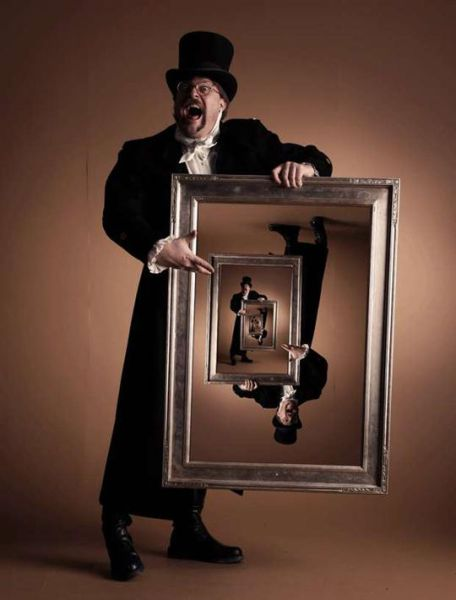 Cool and Impressive Droste Effect Photographs (31 pics)