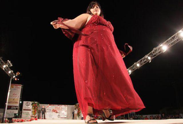 Miss Chubby of Italy (25 pics)