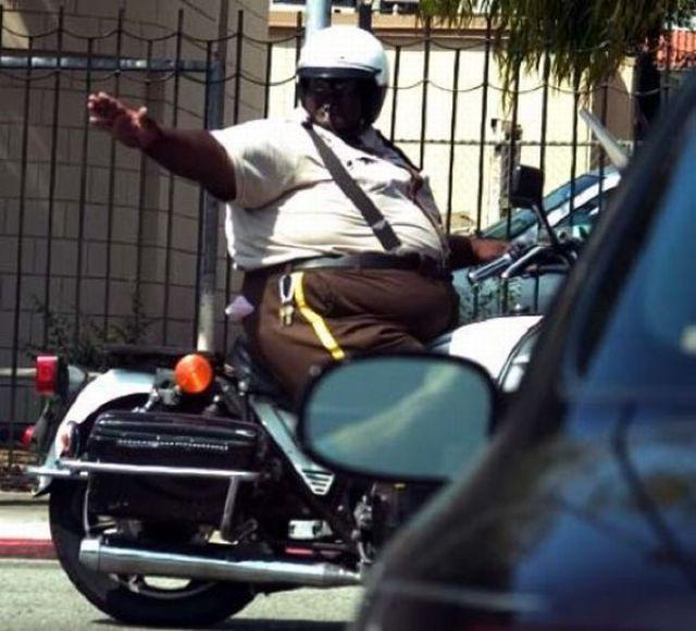 Such Fat Cops 25 Pics Picture 10 Izismilecom