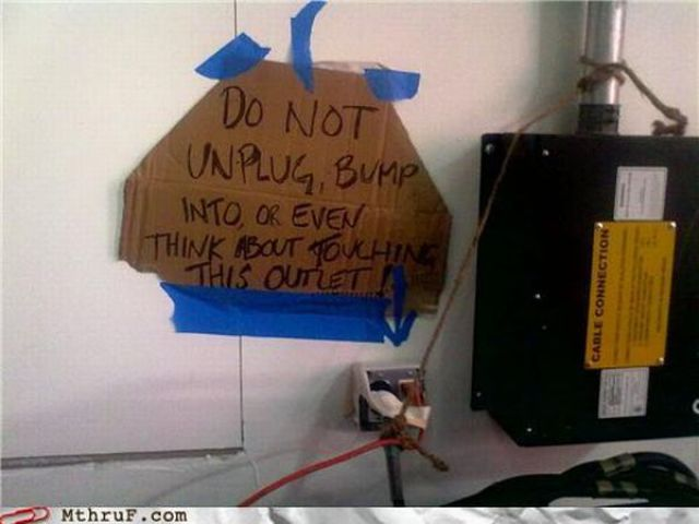 LOLs at Work (70 pics)