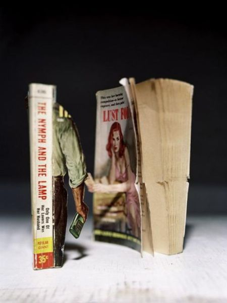 Unusual Book Art (43 pics)