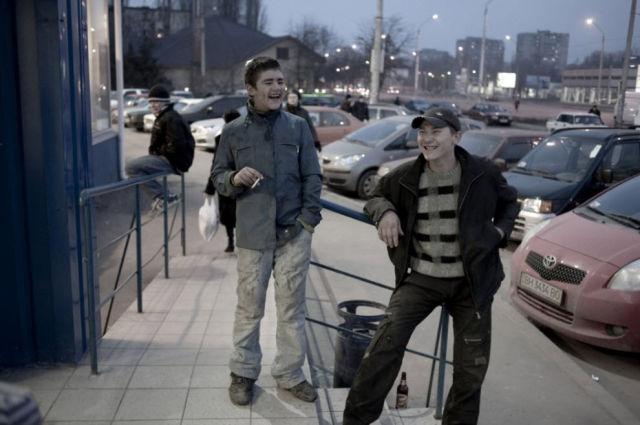 Hard Life of Ukrainian Street Children (33 pics)