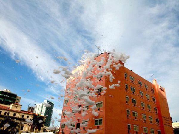 Foam City (22 pics)