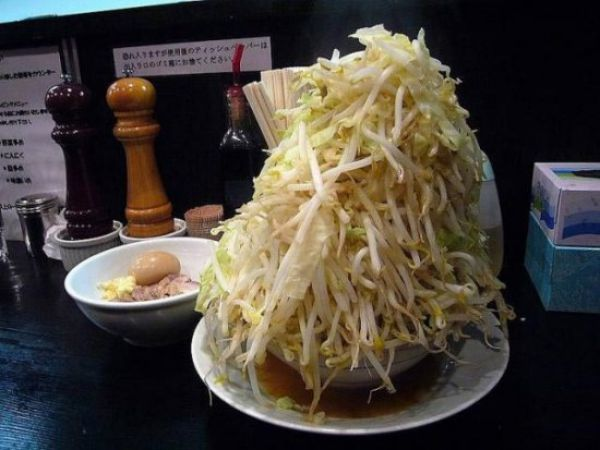 Japanese Frugal Meal (10 pics)