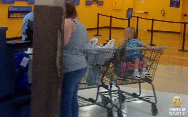 What You Can See in Walmart. Part 6 (85 pics)
