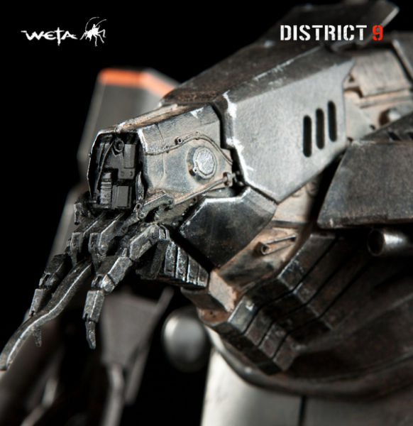 District 9 Exosuit (8 pics)