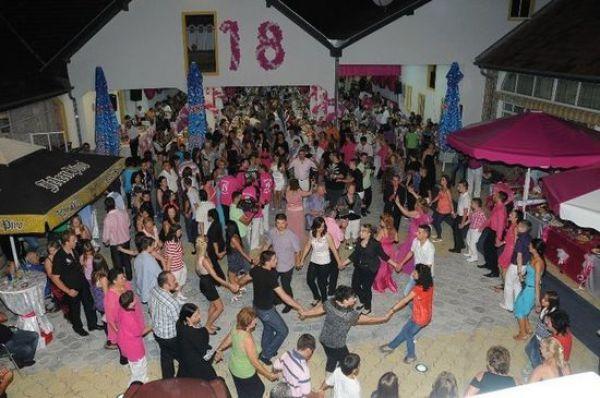 Badass Birthday Party (16 pics)