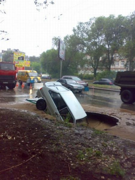 Roads in Russia (5 pics)