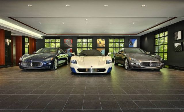 Very Fast and Luxurious Cars (98 pics)