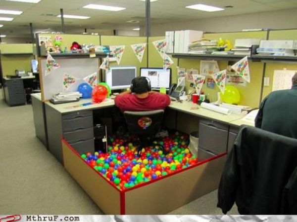 When Theres Nothing To Do at Work (63 pics)
