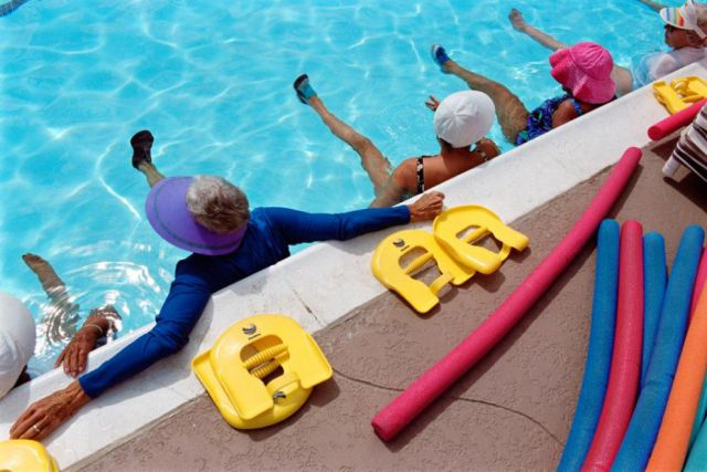 A Haven for the Elderly: Leisure World (12 pics)