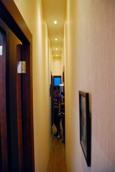 The Narrowest House in the World (16 pics)