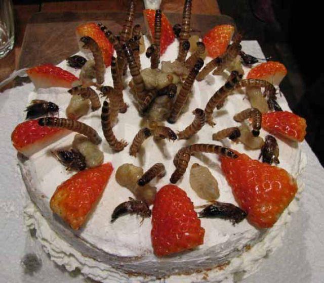 Simply Delicious Cake (2 pics)