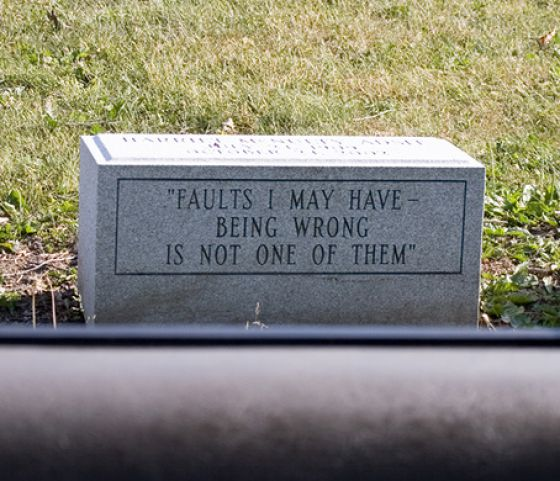 Rest in Peace, Humorously (25 pics)