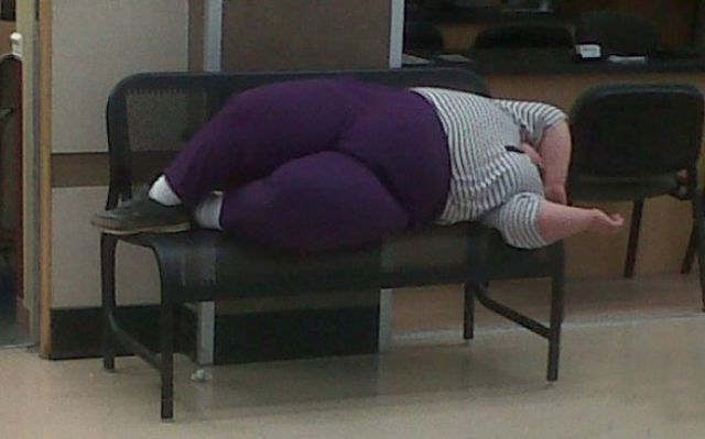 20 Signs You Need to Go on a Diet. Part 4 (20 pics)