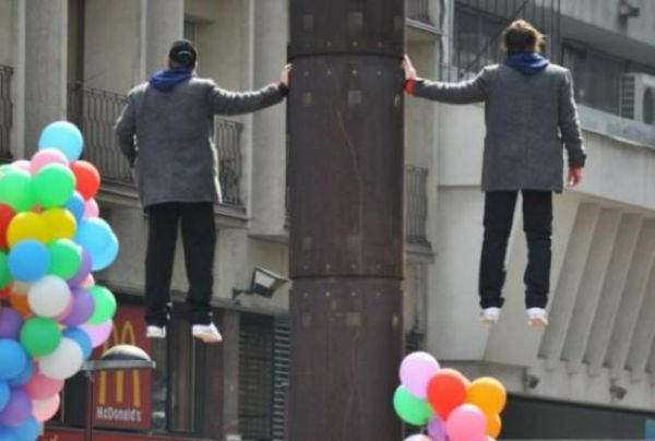 Brothers Levitating in the Air (4 pics)