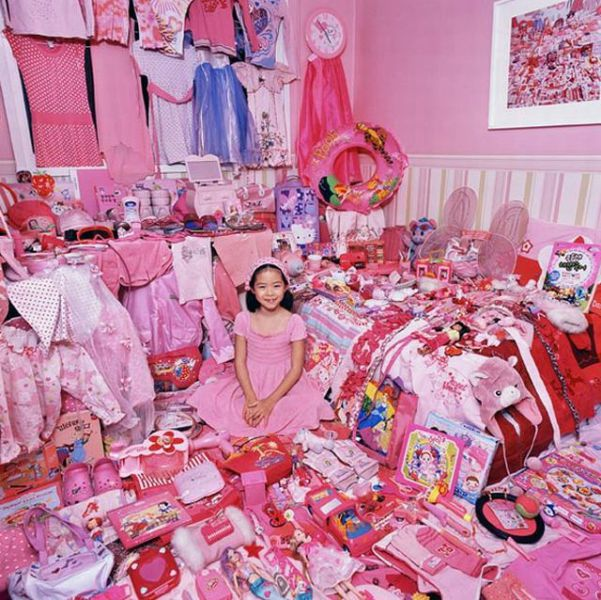 Boys Love Blue and Girls Love Pink (20 pics)