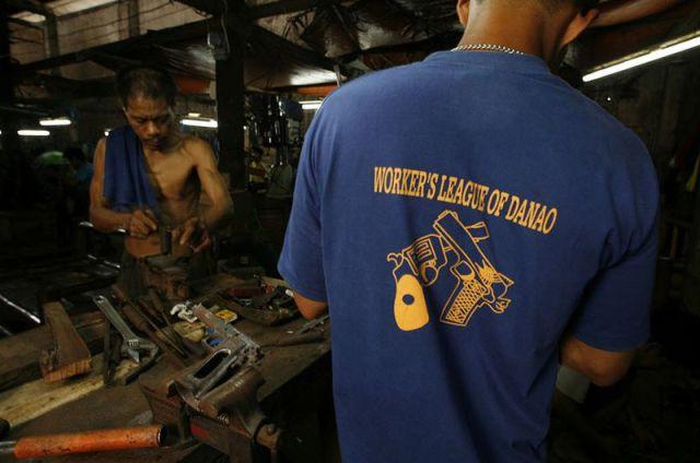 Counterfeit Factories (37 pics)