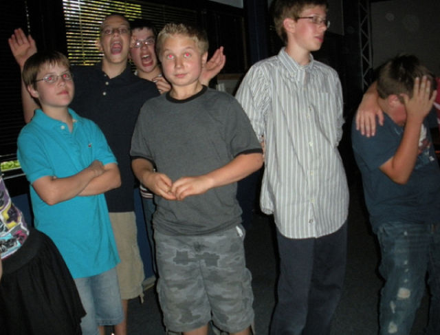 The Most Awkward Moments from Middle School Dances Times (17 pics)