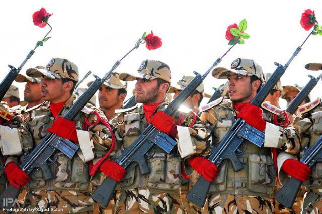 The Iranian Military (77 pics)
