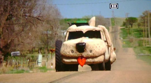 Mutt Cutts Van in Real Life (9 pics)