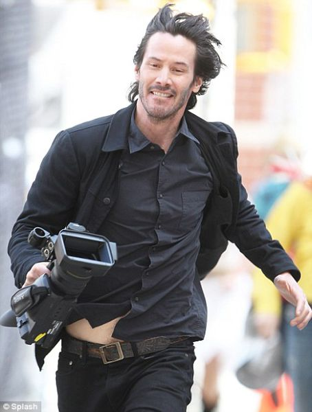 Keanu Is Now Ecstatic! (40 pics)