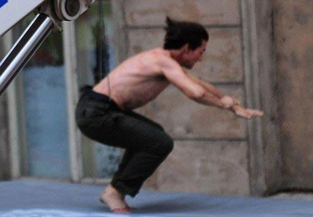 Tom Cruise in Action (11 pics)