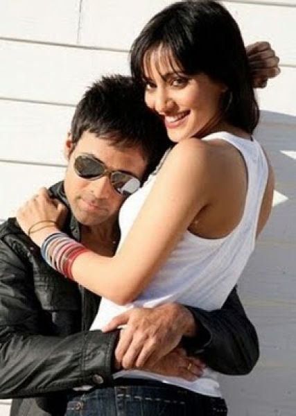 Neha Sharma Hot Crook Movie Photos, Crook Movie Wallpapers, Pictures, Images (1 pic)