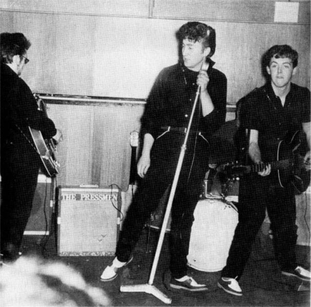 The Beatles Yesterday (145 pics)