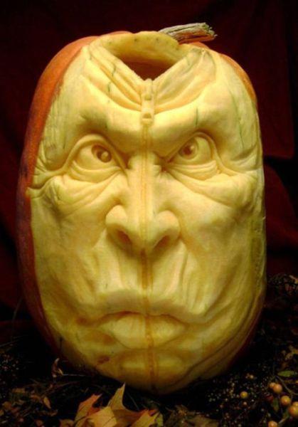 Amazing Carved Pumpkins (19 pics)