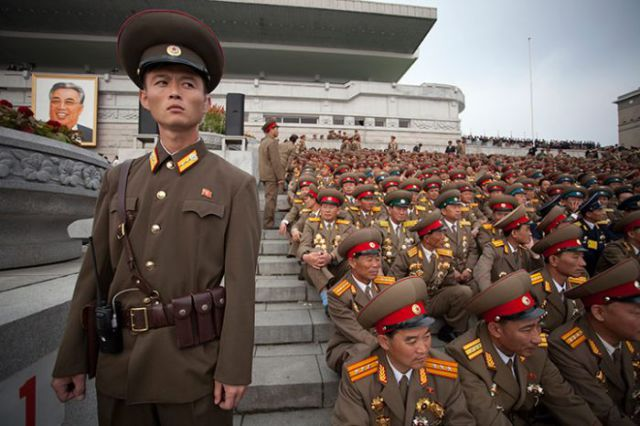 North Korean Military Parade (44 pics)