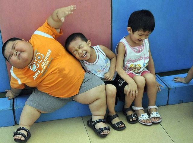 Another Supersized Kid (5 pics)
