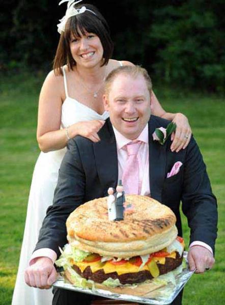 Strange Wedding Cakes (12 pics)