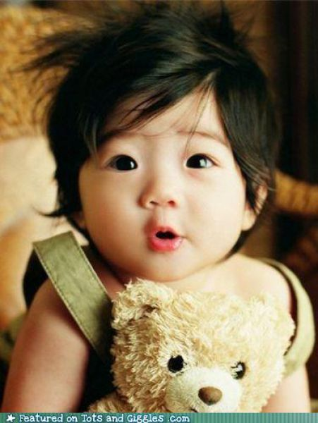 Hilarious and Cute Faces Babies Make (53 pics)