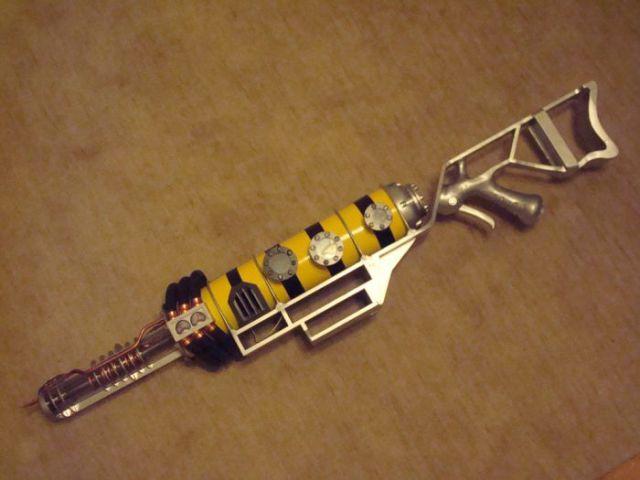 Nice Handmade Fallout 3 Plasma Rifle (36 pics)