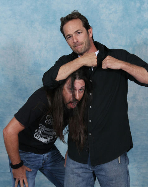 Luke Perry Gone to the Dragons (33 pics)