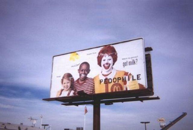 Graffiti Laden Advertisements (40 pics)
