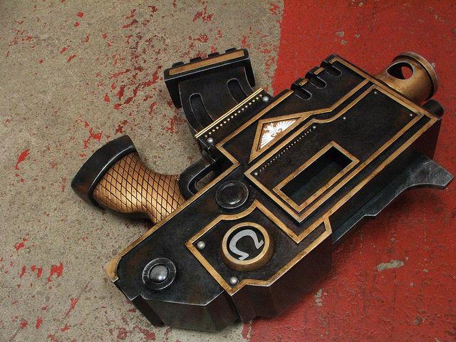 Great Ultramarines Warhammer 40k Pistol Replica (43 pics)