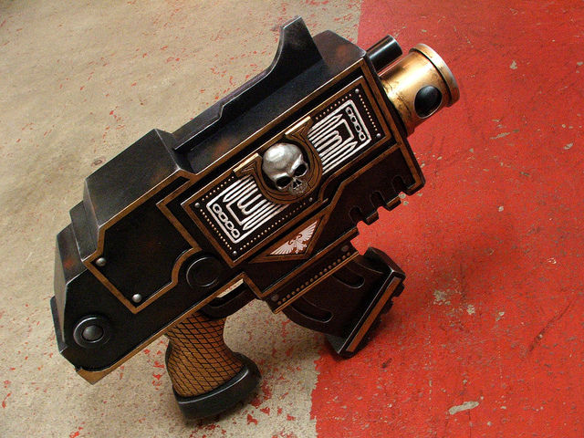 Great Ultramarines Warhammer 40k Pistol Replica (43 pics)
