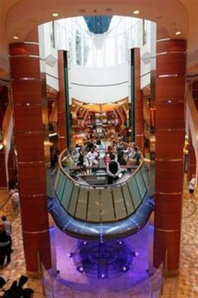"Giant Cruise Ship ""Allure of the Seas"" (23 pics)"