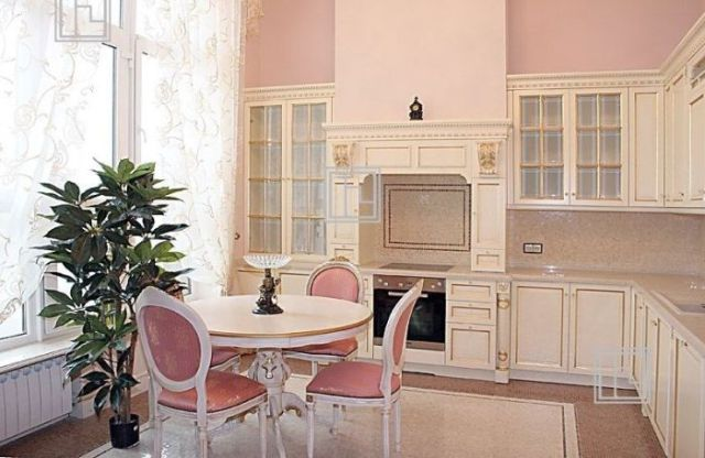 Very Expensive Moscow Apartment for Rent (9 pics)
