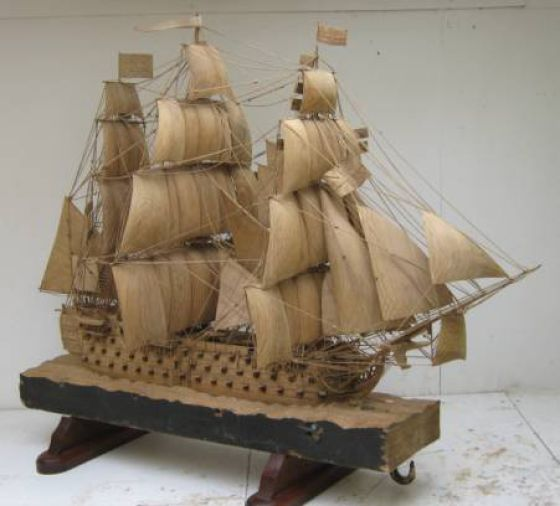 The HMS Victory in Wood (8 pics)