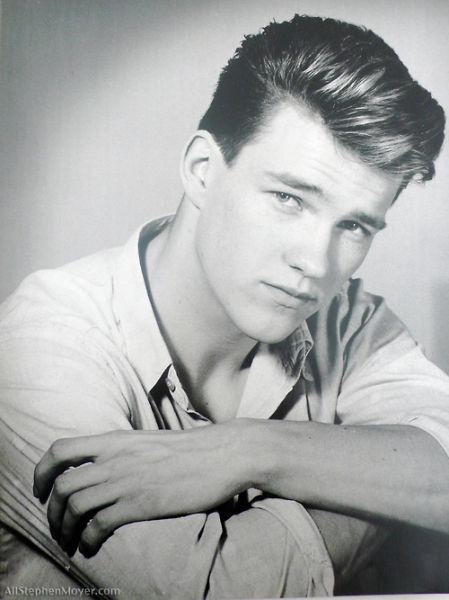 Rare Photographs of Celebrities. Part 11