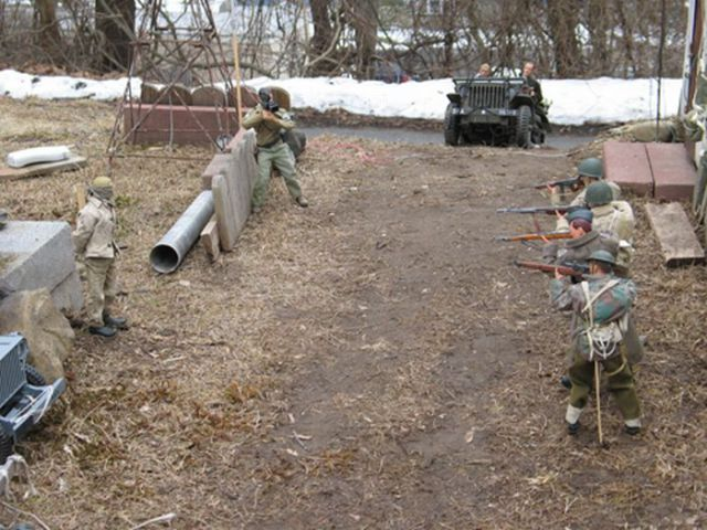 Real Looking Miniature Soldiers