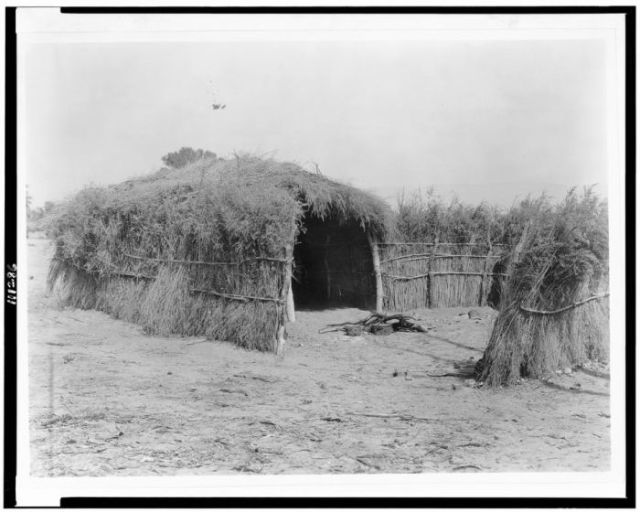 Life of American Indians in Pictures