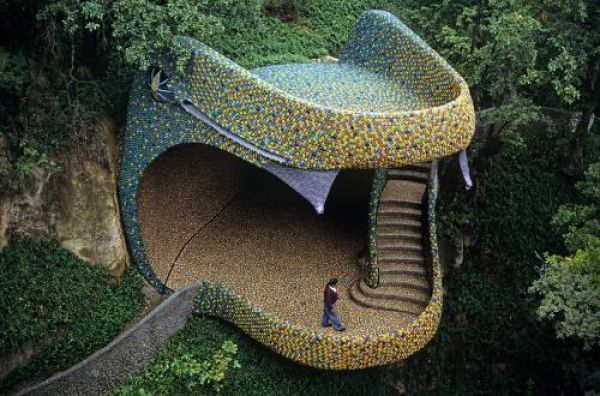 Snake Shaped House