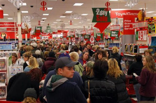 Christmas Shopping Madness in the USA