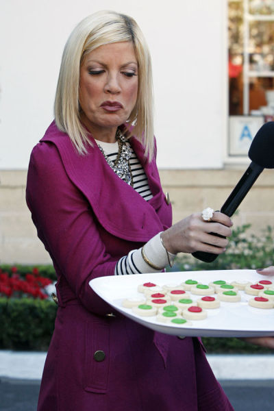 Tori Spelling and Her Silly Facial Expressions