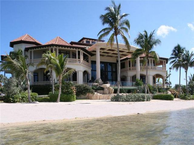 Island Dream Home 29 Pics