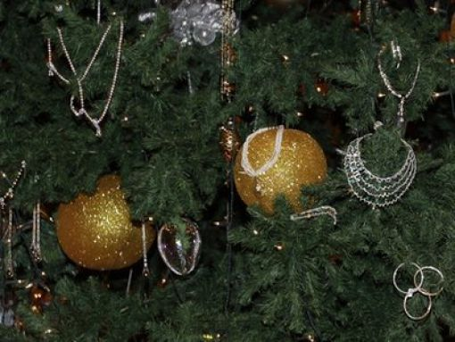 Uncanny Factoid: Valuable Christmas Tree